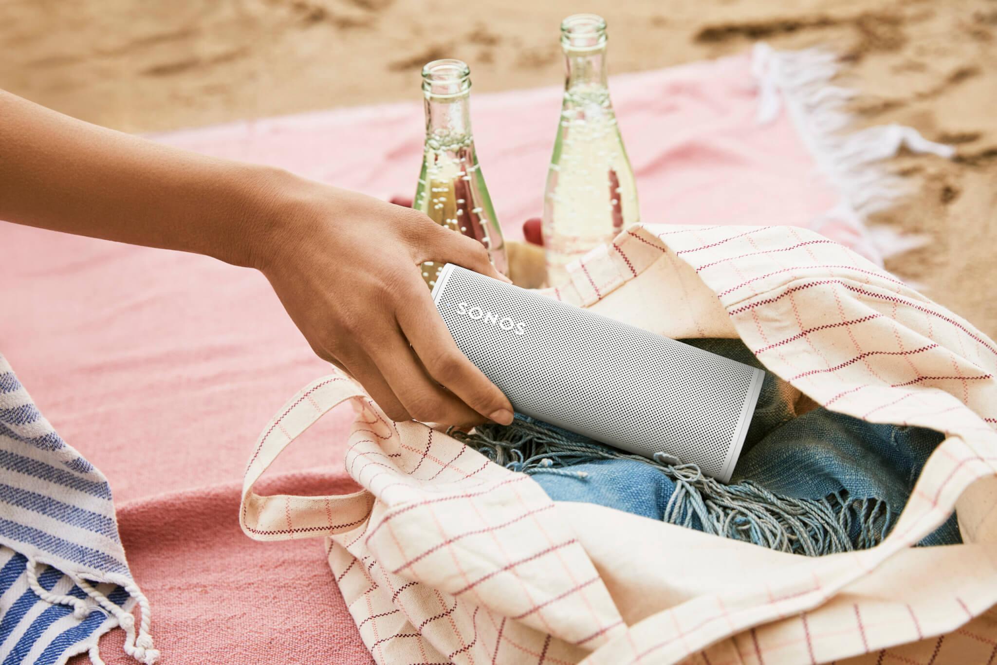 Sonos Roam Mobile Speaker Image 2